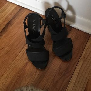 ALDO 6.5 5 in black slingback narrow wedge